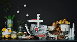 Кухонный комбайн Ankarsrum с функцией мясорубки