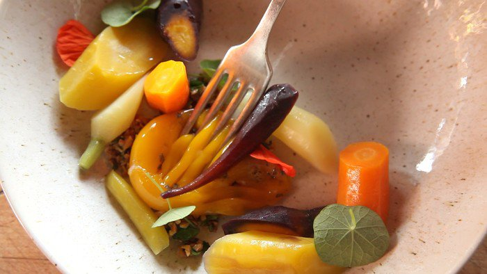 Овощи, приготовленные в сувиде