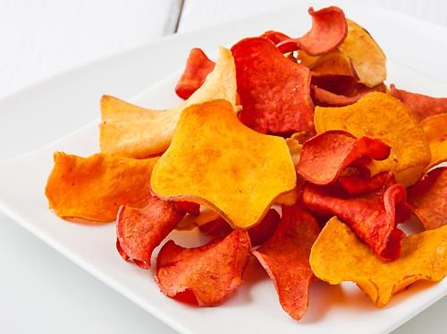 Чипсы в сушилке дегидраторе Dream Vitamin DDV-10  овощные чипсы
