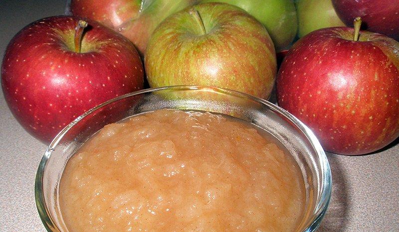 отжать сок из яблок