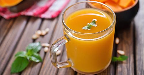 Тыквенный сок - польза и вред, полезные свойства, противопоказания, как приготовить и как пить